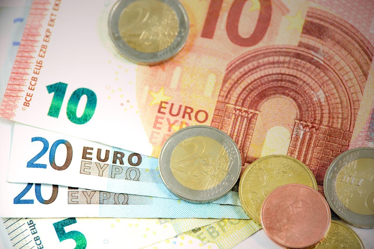 Le rachat de crédits, un moyen de sortir du surendettement